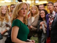 "Gillian Anderson Describes 'Crisis' As An  ""Unbelievable Page Turner"""