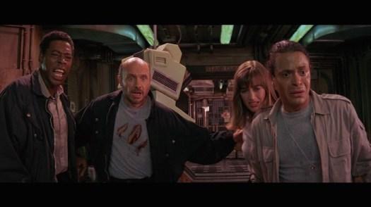 Ernie Hudson, Hector Elizondo, Amanda Pays, Michael Carmine in 'Leviathan' (Shout! Factory)
