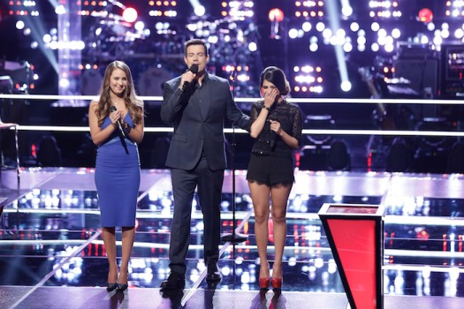 """THE VOICE -- """"Knockout Rounds"""" Episode 711 -- Pictured: (l-r) Alessandra Castronovo, Carson Daly, Mia Pfirrman -- (Photo by: Tyler Golden/NBC)"""