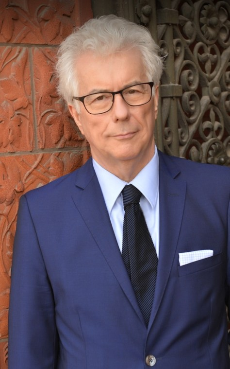 Ken Follett - Credit: Olivier Favre