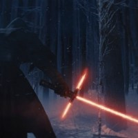 'Star Wars: The Force Awakens' Trailer & Images Favors The Heart Side