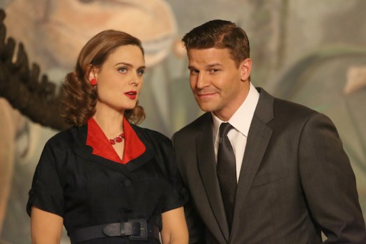 Pictured L-R:  Emily Deschanel and David Boreanaz.  ©2014 Fox Broadcasting Co.  Cr:  Patrick McElhenney/FOX