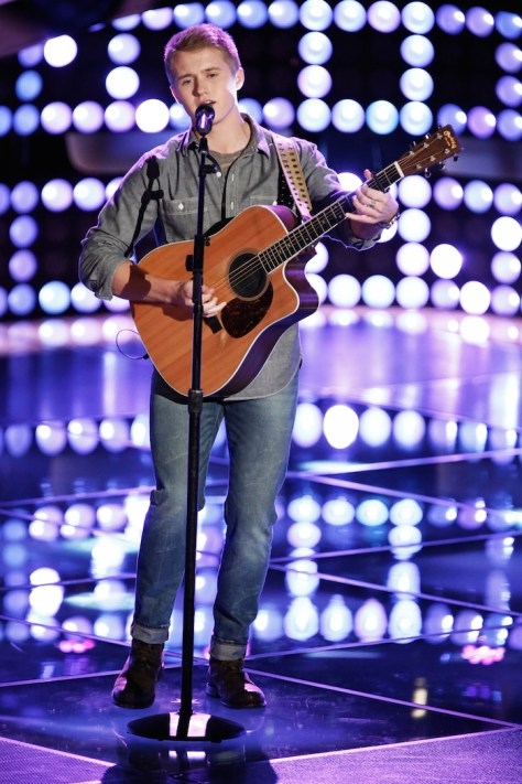 """THE VOICE -- """"Blind Auditions"""" Pictured: Corey Kent White -- (Photo by: Tyler Golden/NBC)"""