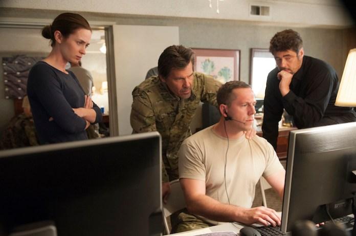 """Emily Blunt, Josh Brolin, Benicio Del Toro in """"Sicario"""" - Lionsgate."""
