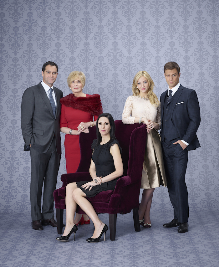ODD MOM OUT -- Season:1 -- Andy Buckley as Andy, Joanna Cassidy as Candace, Jill Kargman as Jill, Abby Elliott as Brooke, Sean Kleier as Lex -- (Photo by: Matt Hoyle/Bravo)