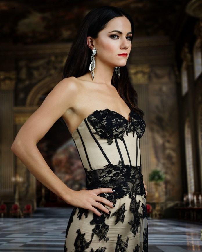 """THE ROYALS -- Season: 2 -- Pictured: Alexandra Park as """"Princess Eleanor"""" -- (Photo by: James Dimmock/E! Entertainment)"""