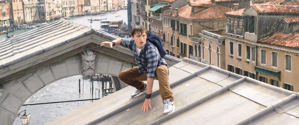 'Spider-Man: Far From Home' Teaser Gets Furious Welcome From Mysterio