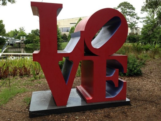 Robert Indiana, LOVE, Red Blue