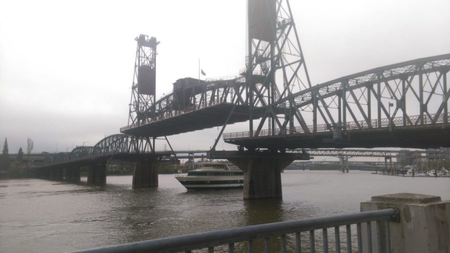 Lunch Cruise on the Willamette River in Portland, OR