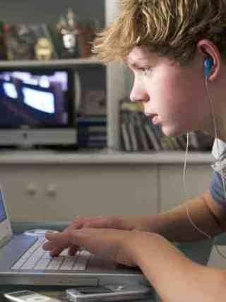 children safe online