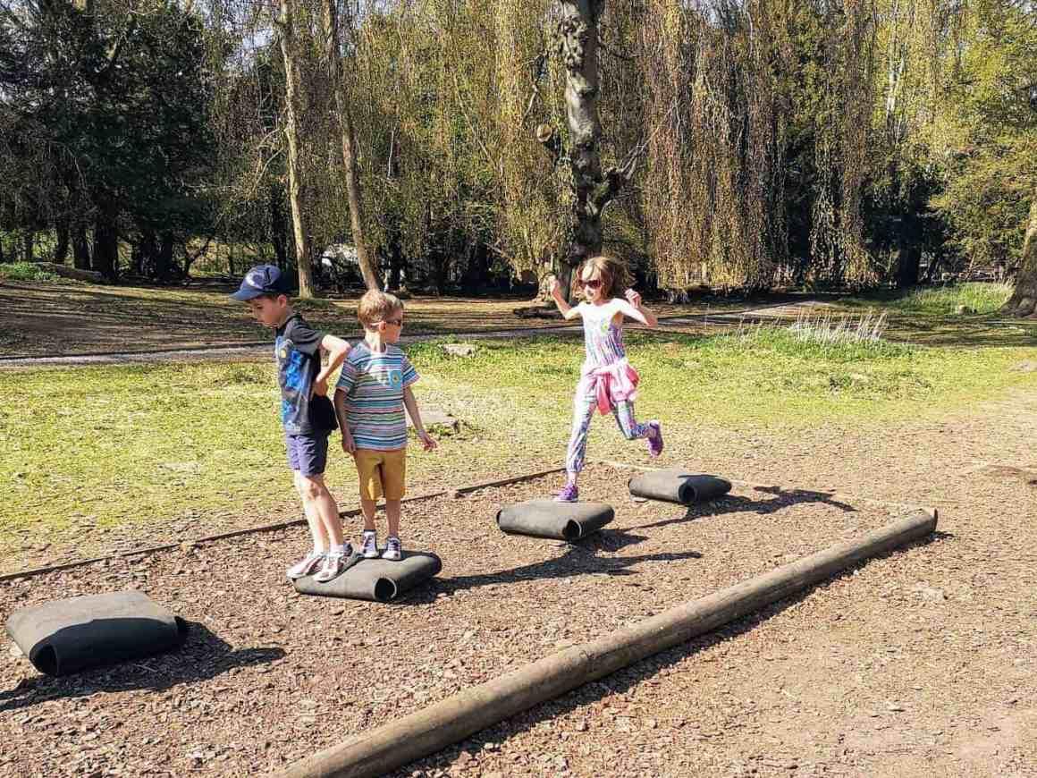 Kids on stepping blocks