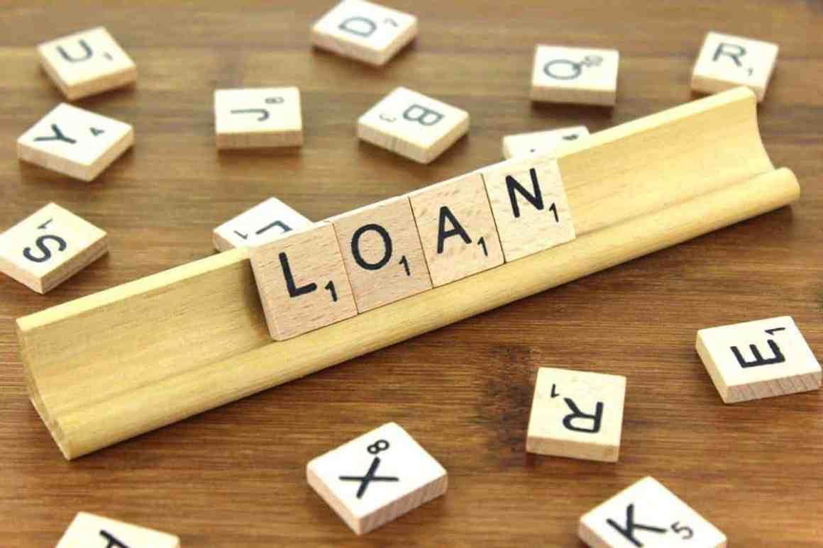 Scrabble tiles spelling out loan