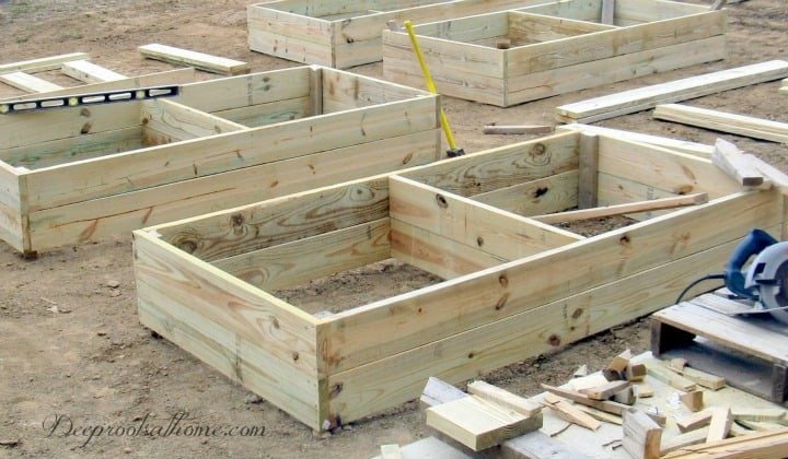 Building the 4' x 8' Raised Bed Garden Box, 4' x8's, raised bed, garden boxes, 4 x 8 box, AC2, arsenic free, beets, cabbage, chard, composting, cool weather crops, early crops, easy care gardening, exterior nails, French intensive gardening, lettuces, lumber, Monet, no weeding, onions, peat moss, peppers, perlite, potager, raised bed, small garden, spinach, succession planting, tomatilloes, tomatoes, turnips, vermiculite, weed-free