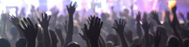 cropped-worship-9.jpg