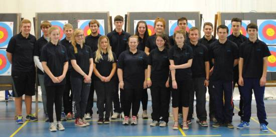 The full GB Junior Compound Squad with 6 of our archers!