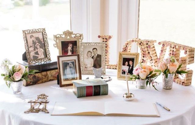 35 Creative Guestbook And Sign-in Wedding Table Décor