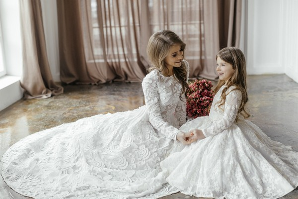 28 Matching Flower Girl Dresses To Bridal Gowns