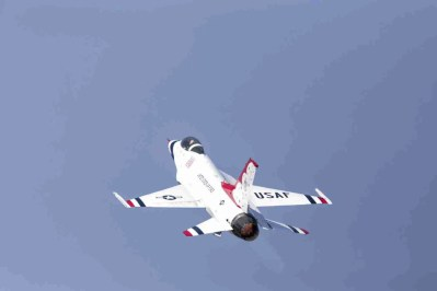 Air Force Thunderbird F-16 at Takeoff