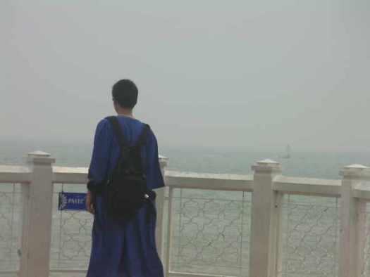 テラスからマラッカ海峡を一望できます。