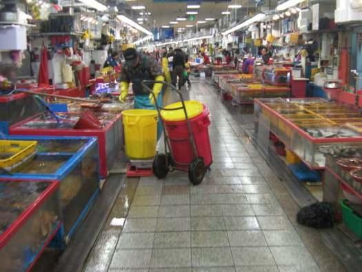 海鮮市場のチャガルチ市場