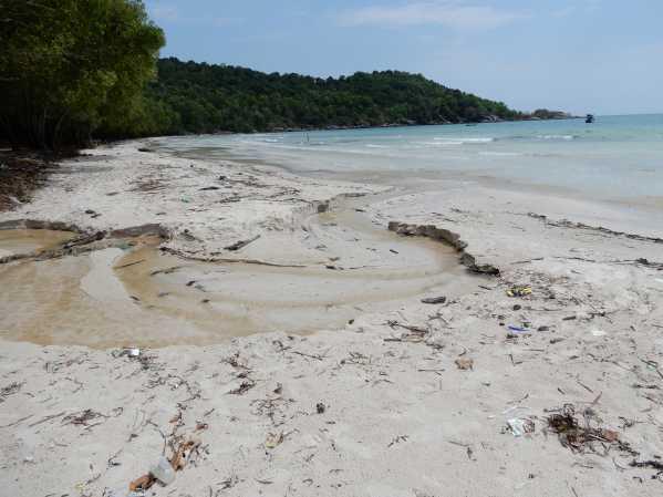 khem-beach20