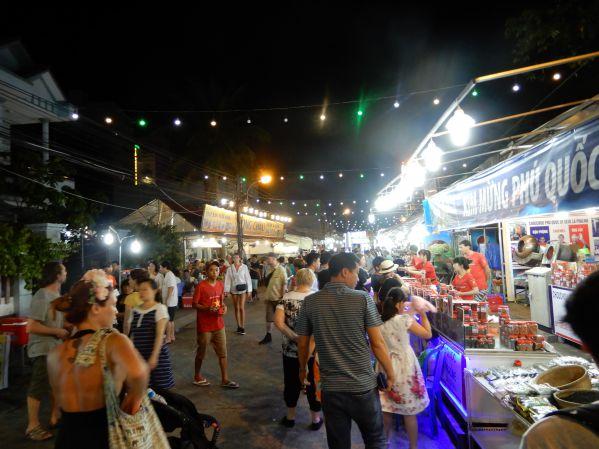 phuquoc-night-market2