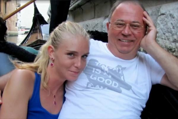 Андрей Караулов с женой