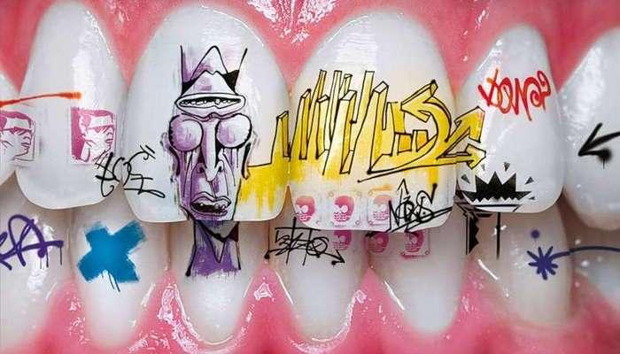 Татуировки на зубах