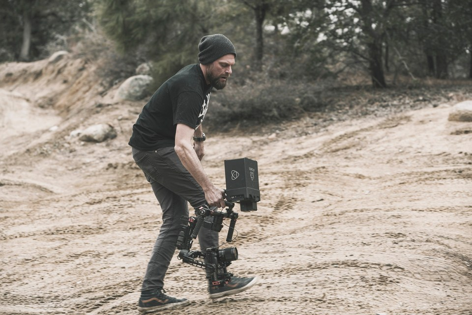 Rotiform SIX-OR dubkorps on some adventure filmbase