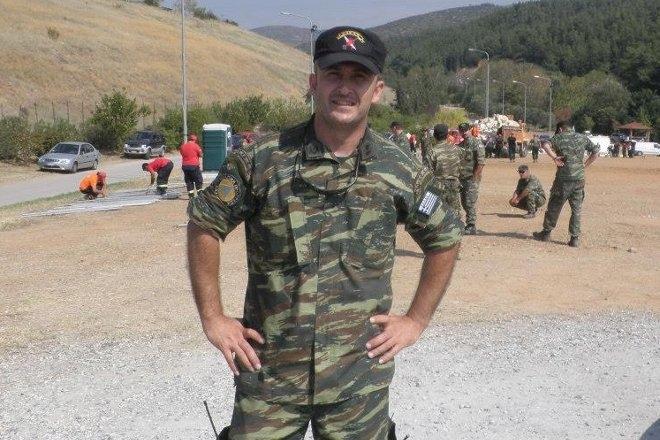 Ο σημερινός Πρόεδρος της ΛΕΦΕΔ και επιχειρησιακός αρχηγός, είναι ο έφεδρος Λοχαγός (ΠΖ) Ιωάννης Σιδηρόπουλος, ο οποίος μίλησε στο defenceline.gr για τον σκοπό και τον ρόλο της Λέσχης Εφέδρων Ενόπλων Δυνάμεων.