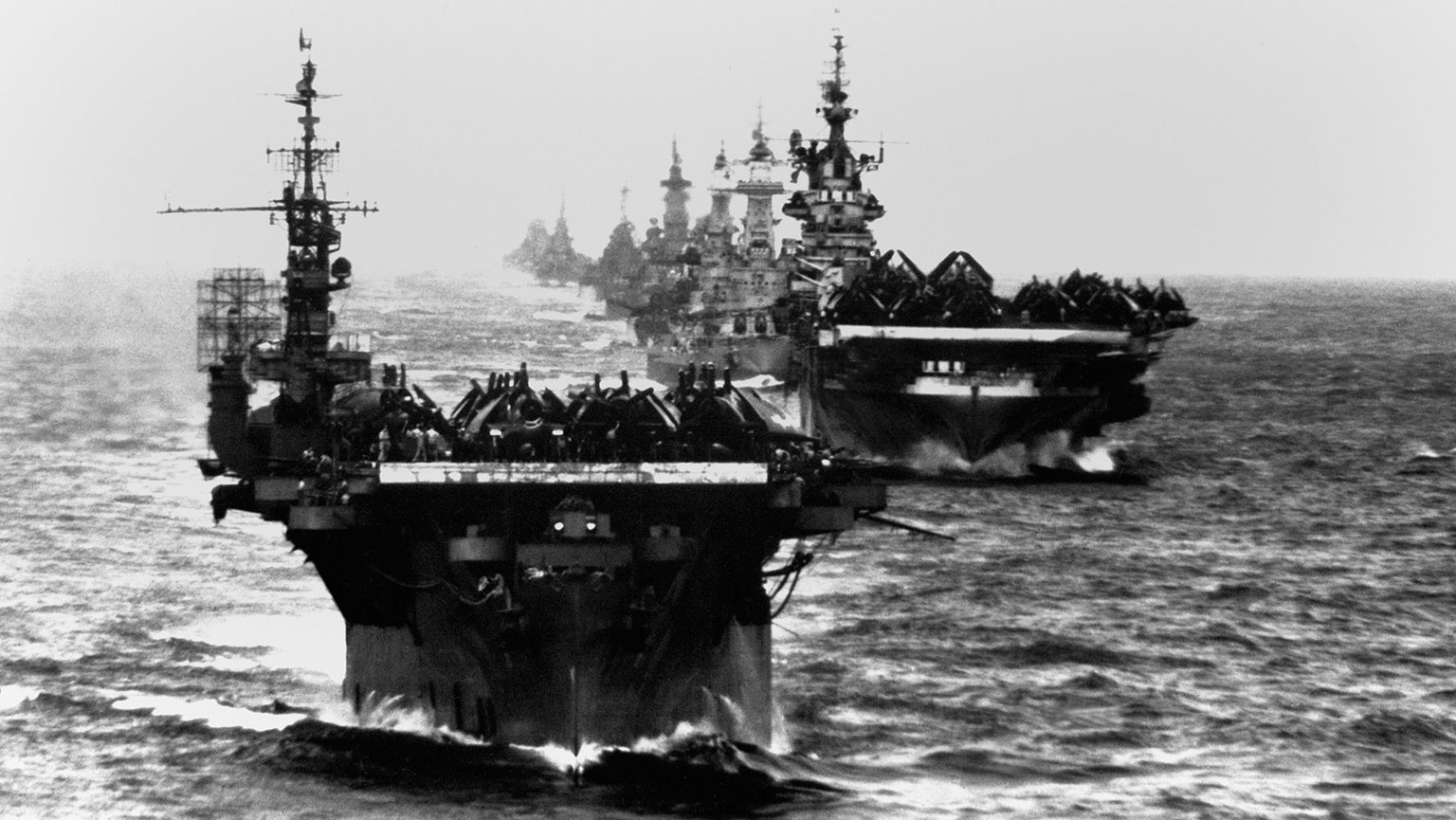 The Great WW2 Aircraft Carrier Showdown : Imperial Japanese Navy v/s US Navy