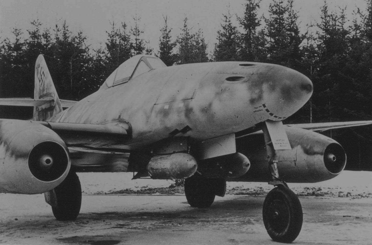 Entering A New Age: Germany's Stormbird – The Me 262
