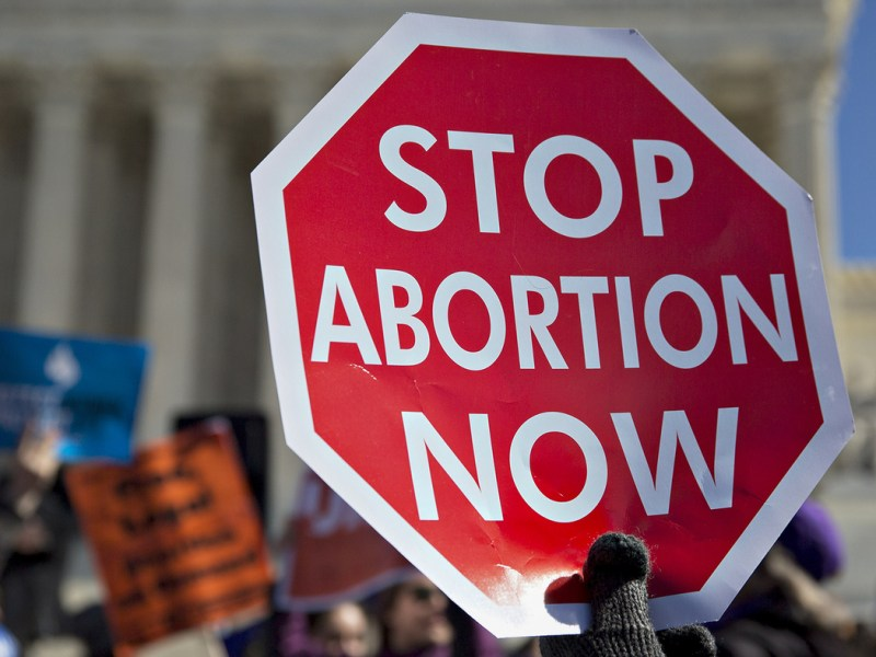 Texans fill up abortion clinics in other states, low-income people left behind