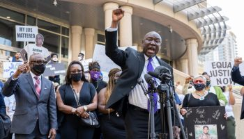 Ben Crump shifts legal fight from George Floyd to Baytown's Pamela Turner