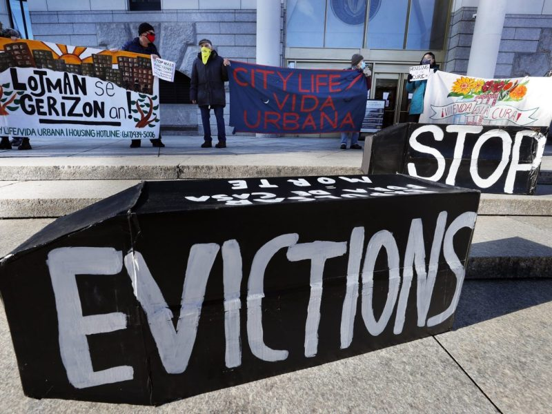 Despite federal moratorium, more Texas renters face eviction as state protection lapses