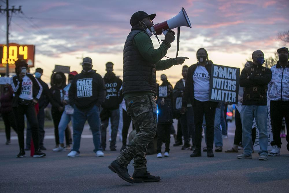 7 deputies on leave after fatal shooting of Black man