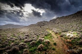 Hike to Pelekita Cave