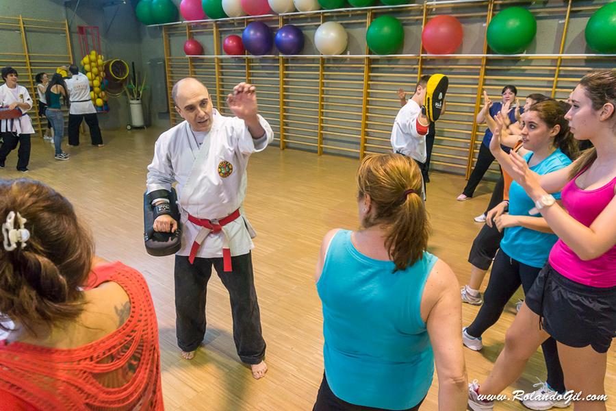 Yawara-Jitsu > Defensa personal femenina