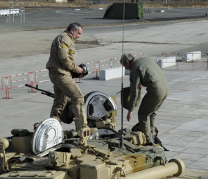 Rogozin inspects a T-90M on the Niznhy Tagil test track. The facility is being rennovated and prepared for the Russian Arms Expo, prepared to become one of the largest biennial defense shows.