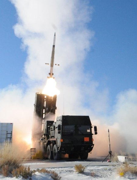 MEADS firing two Patriot MSE missiles in a 'shoot-shoot' protocol, engaging a balistic missile target on a flight test at White Sands yesterday. Photo: MEADS International.