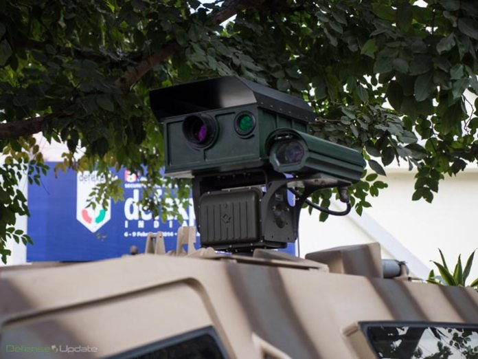 defexpo-laser-jeep-close