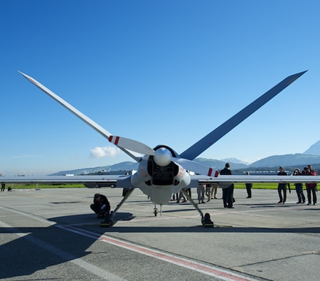 Elbit Systems have sent the Hermes 900 UAV to Emmen, for evaluations. Following its selection for the Swiss program, the first Hermes 900s are expected in Switzerland by 2017. Photo: Avia News.