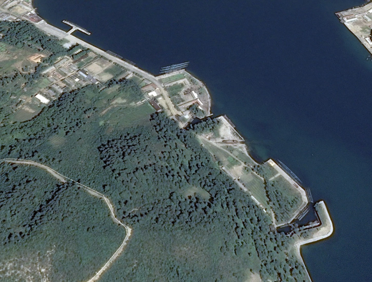 This submarine base near Iwon, in North Korea, bases some of the DPRK's operational submarines. The majority are obsolete Whisky class and Romeo class subs, both diesel electric powered, of Russian origin. Photo via Google Earth