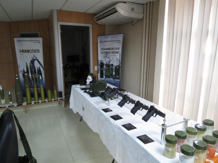 1604607596IMG 8313 - IMBEL participa de Estágio de Preparação de Adidos Militares e seus Adjuntos