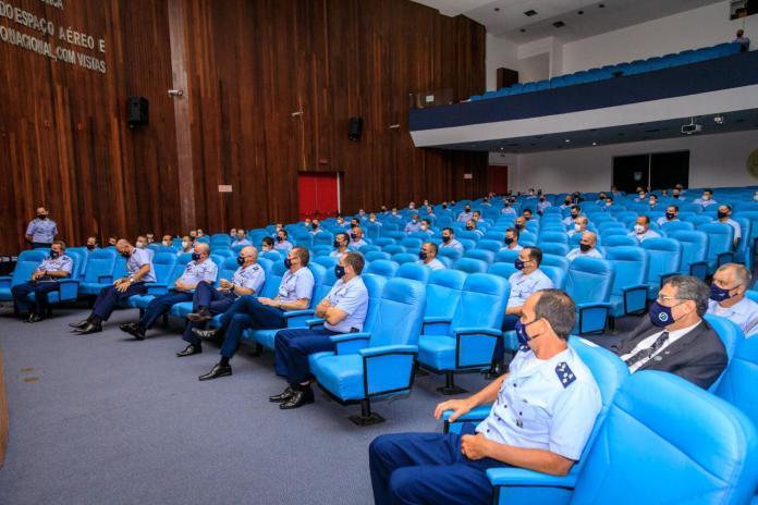 201120TAM69646 Thallys Amorim - Comandante da Aeronáutica palestra no Estágio de Comando da Força Aérea Brasileira