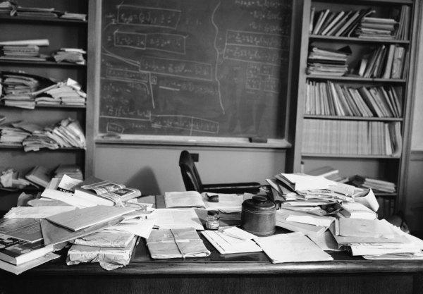 Defining Creativity | Einstein's cluttered desk