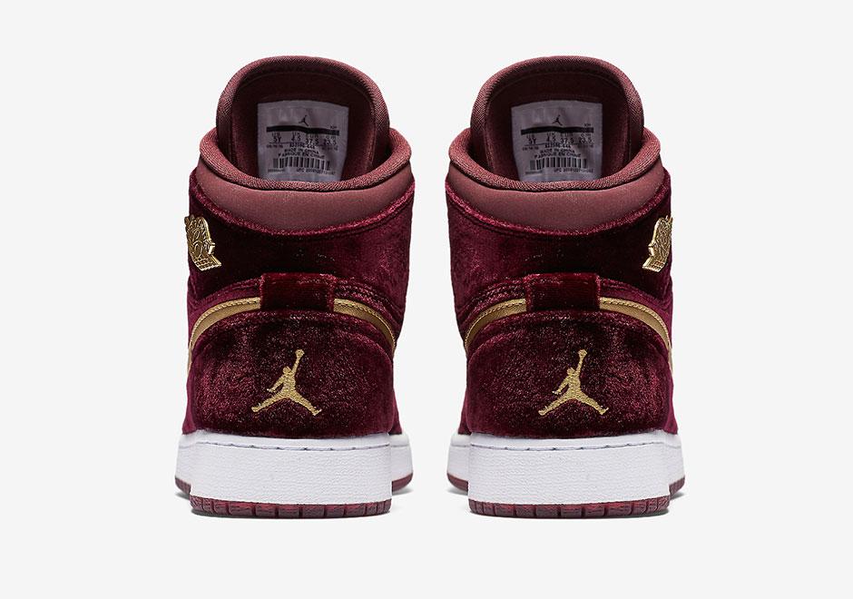 sneakers for cheap bb25c 14510 ... coupon code for update official pictures and a release date of the air  jordan 1 retro