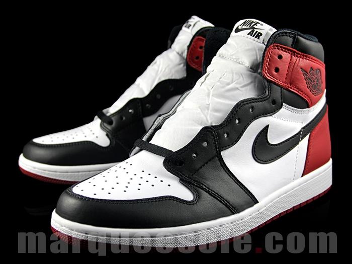 Air Jordan 1 Retro High OG Black Toe 8