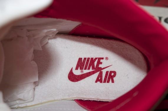 Air Jordan 1 Retro High OG Red Metallic 3