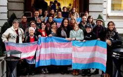 El Congreso avala que las personas trans cambien su sexo legal sin declararse enfermas